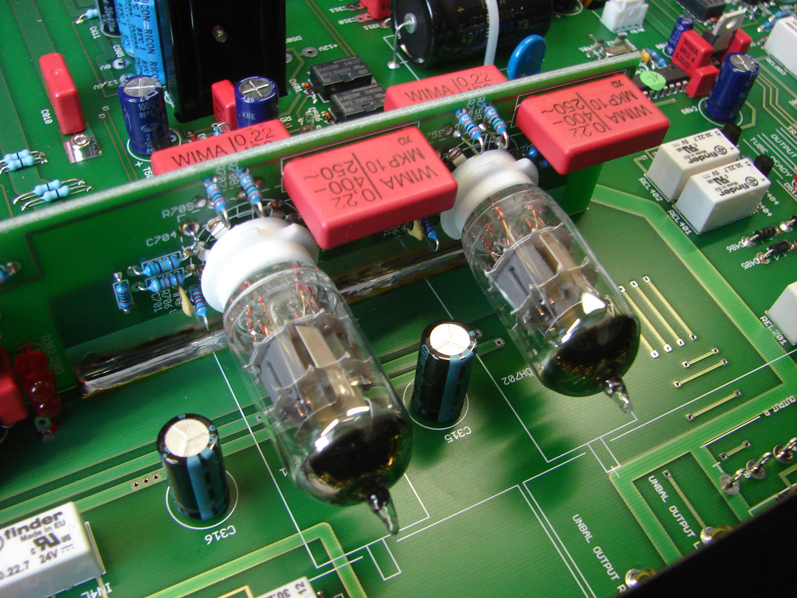 Octave HP 700 -the new tube pre-amp benchmark?